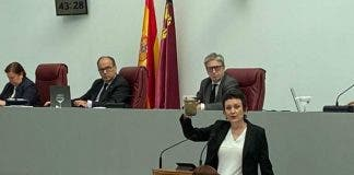 Polluted Water From Murcias Mar Menor Goes On Show In Regional Assembly