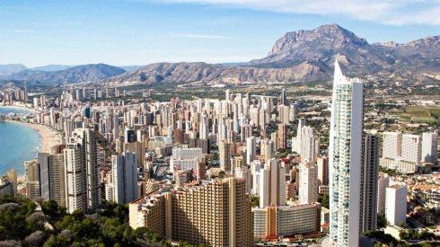 British Visitors To Costa Blanca Holiday Hotspots
