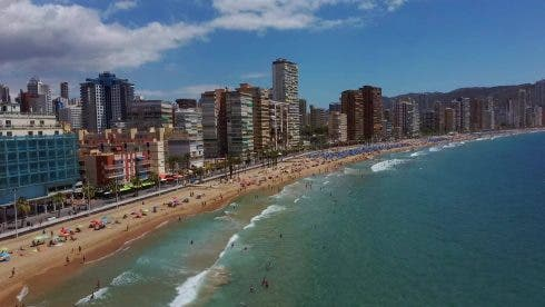 Benidorm S Levante Beach To End Reservations This Monday As High Season Ends On Spain S Costa Blanca