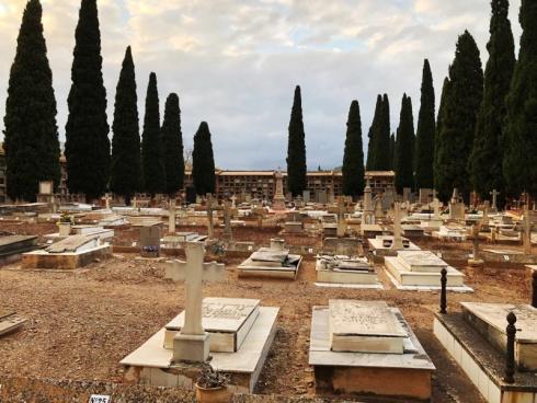 Cementeri De Castell De La Plana