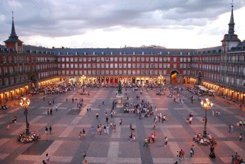 1280px Plaza_mayor_de_madrid_06