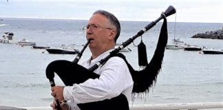 Alan Kennedy Bagpipes 2