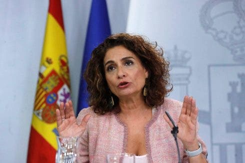 COVID-19 response pushes Spain's public debt to 20-year high