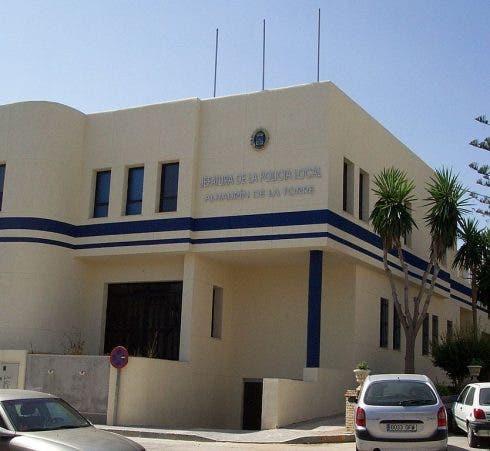 834px Police_station_alhaurin_de_la_torre_spain 1