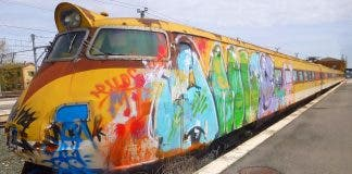 Train Graffiti Renfe Wikimedia