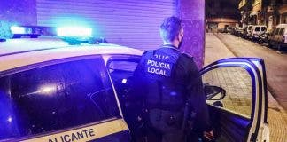 Alicante Police Agent Refuses To Wear A Mask On Spain S Costa Blanca