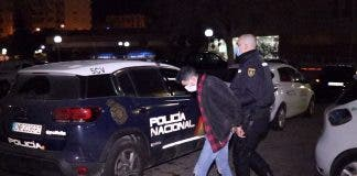 Socks For Gloves As Alicante Thief Tries To Fool Police In Bar Break In On Spain S Costa Blanca