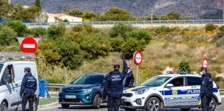 Benidorm Launches Police Operation To Enforce Weekend Closure On Spain S Costa Blanca
