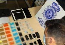 Los Agentes Descubrieron Que El Detenido Habr A Realizado M S De 100 Cargos En Comprar Por Internet Y Numerosas Extracciones De Dinero