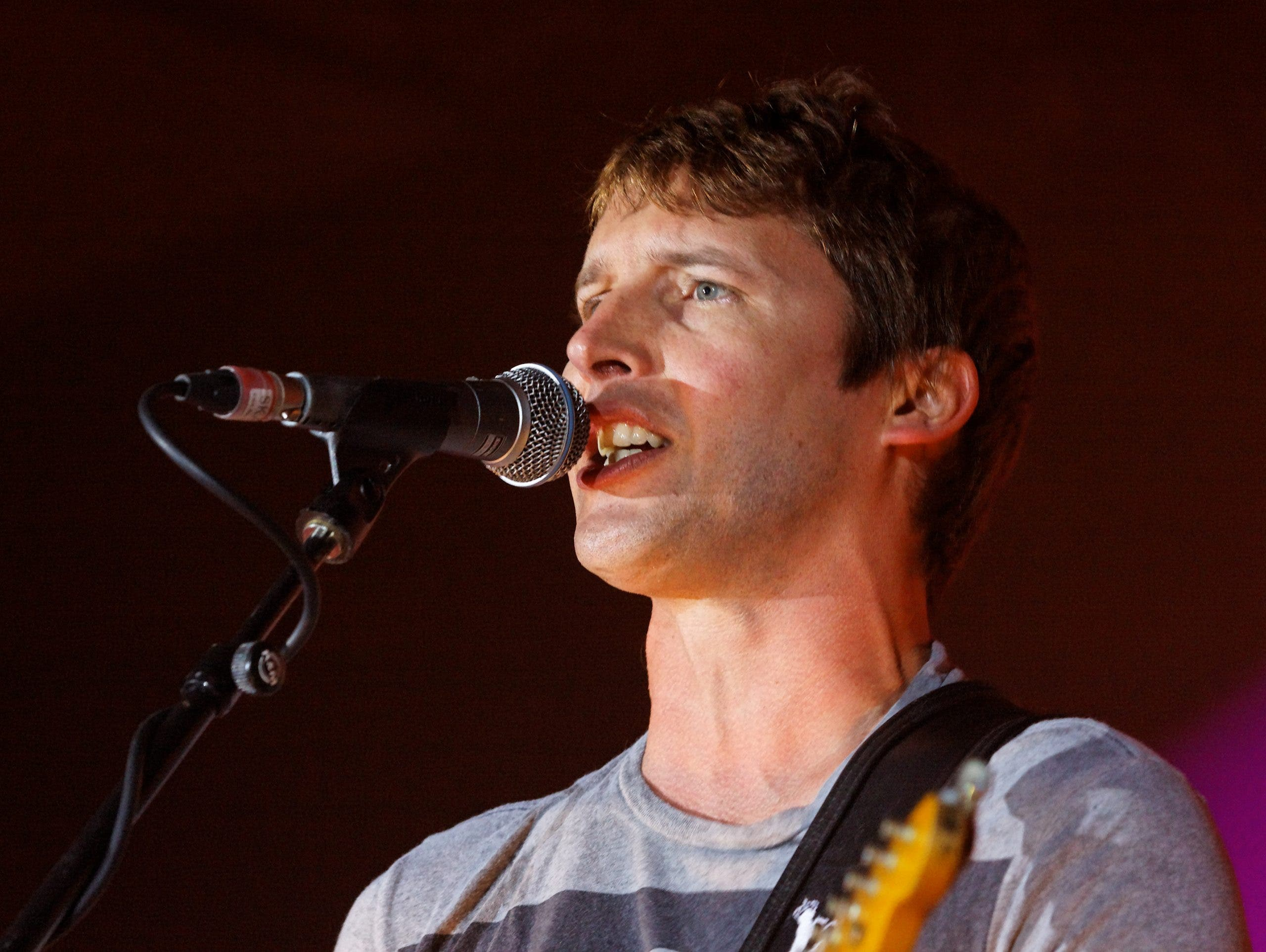 James Blunt offers reward to catch thieves who stole 'irreplaceable' possessions from villa in Spain's Ibiza
