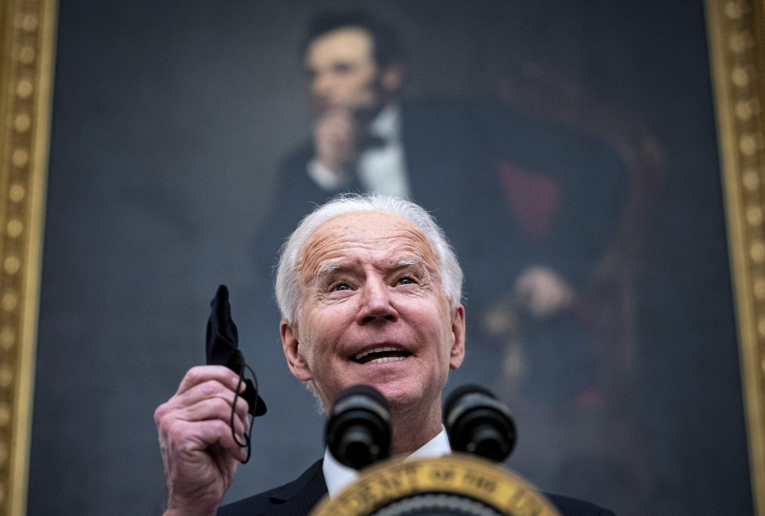 President Biden says: don't forget your mask!
