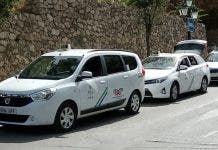 800px Spanish_taxis_in_m Laga
