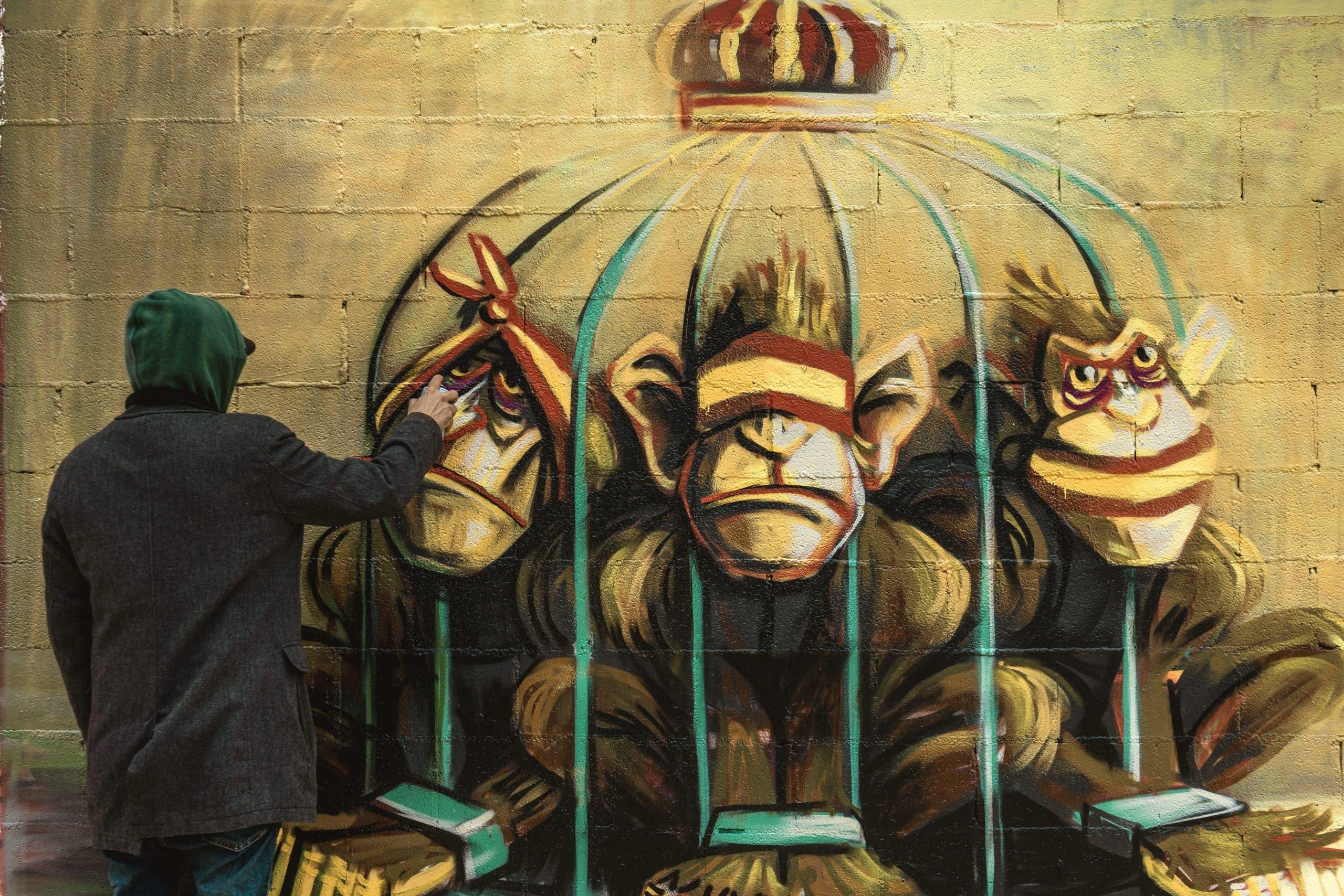 Graffiti criticising the Spanish monarchy