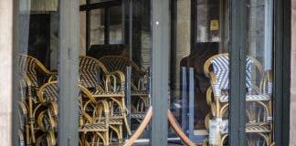 Varios Bares Permanecen Cerrados En Barcelona Porque No Les Es Rentable Abrir Con Las Restricciones De La Fase 1
