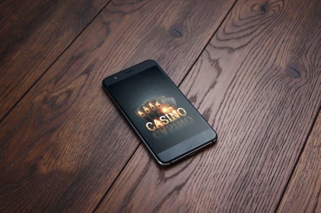 Online Gambling Mobile_99433 4593