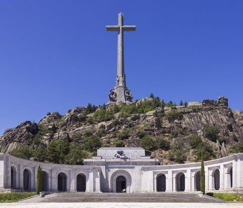 1200px Spa 2014 San Lorenzo De El Escorial Valley Of The Fallen (valle De Los Caídos)