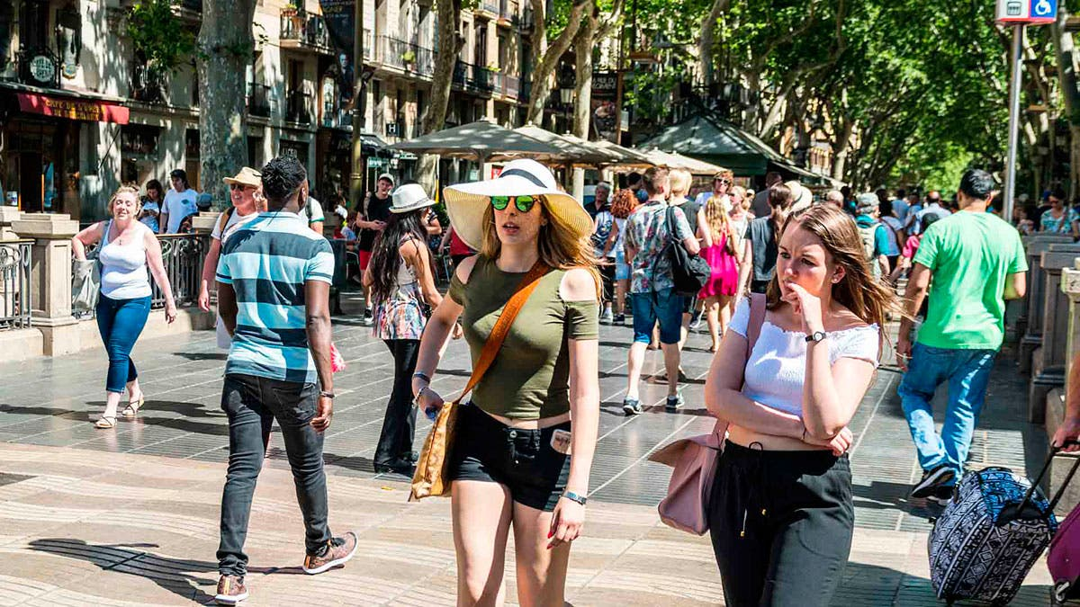 Hotels Reopen Tourism