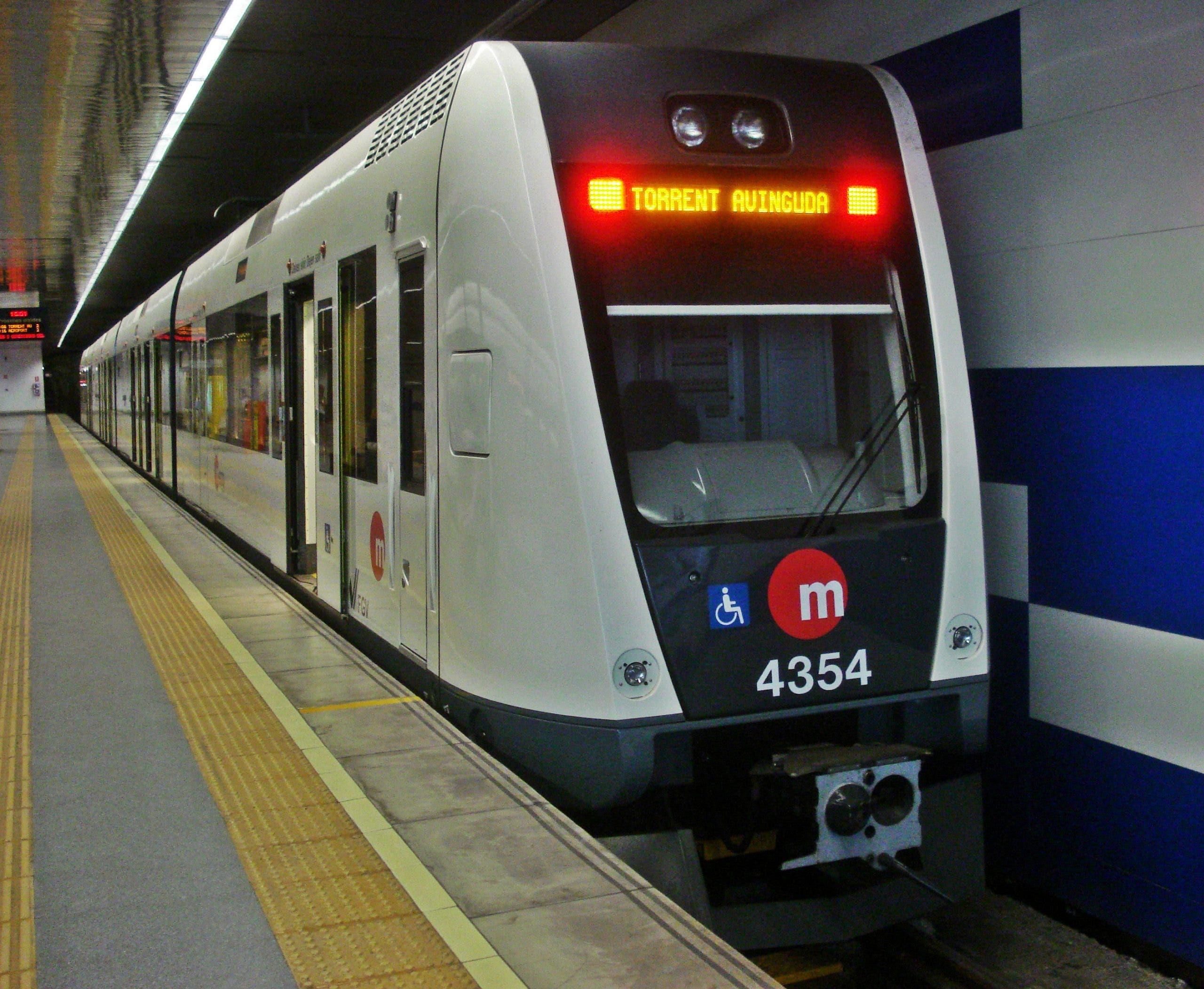 Metrovalencia Train