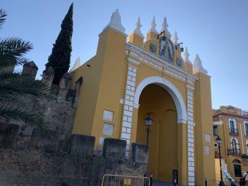 Macarena's Golden Arch