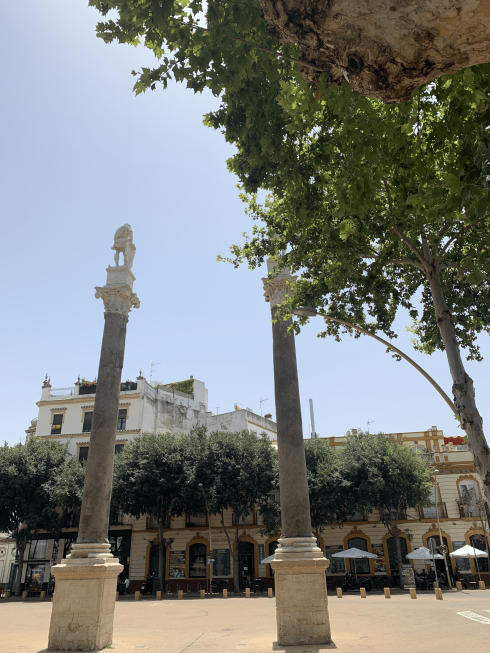 The Iconic Columns Of Alameda Min