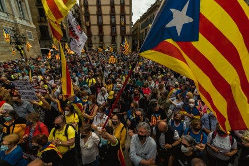 Catalans Demonstrate For Separatist Government