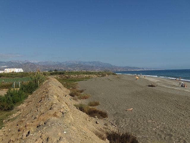 Playa Nudista De Almayate