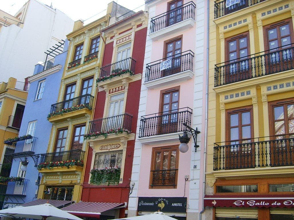 Valencia City Houses