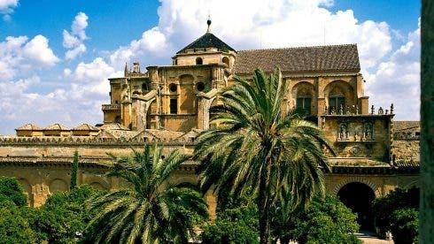 Mezquita Patio Naranjos Cordoba T1400218a