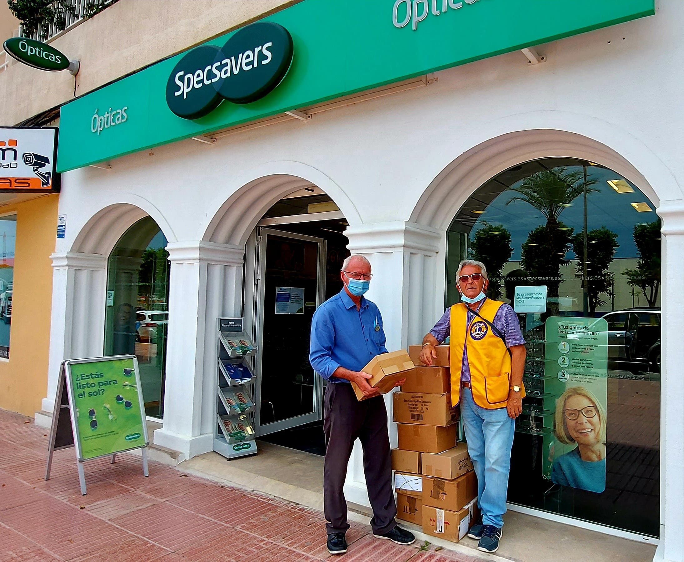 British opticians on Spain's Costa Blanca give 1,500 pairs of unwanted specs to needy around the world
