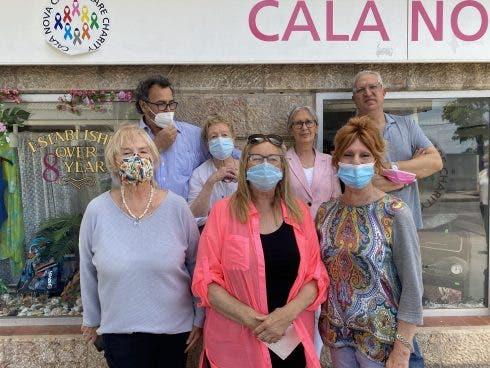 Cala Nova Cancer Charity Volunteers [9239]