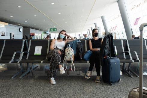 coronavirus airport spain