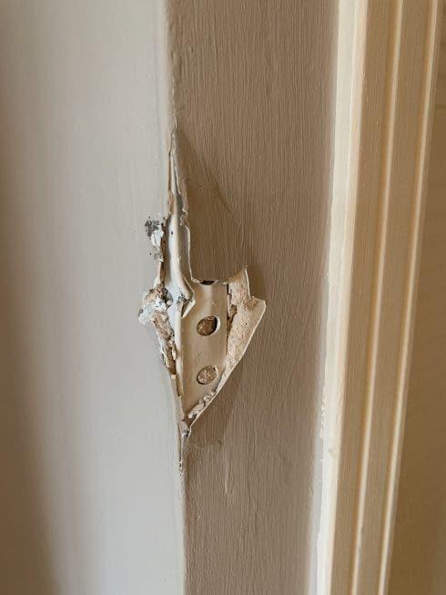 Airbnb Brokenplaster