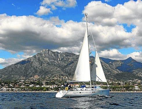Cascada Yacht