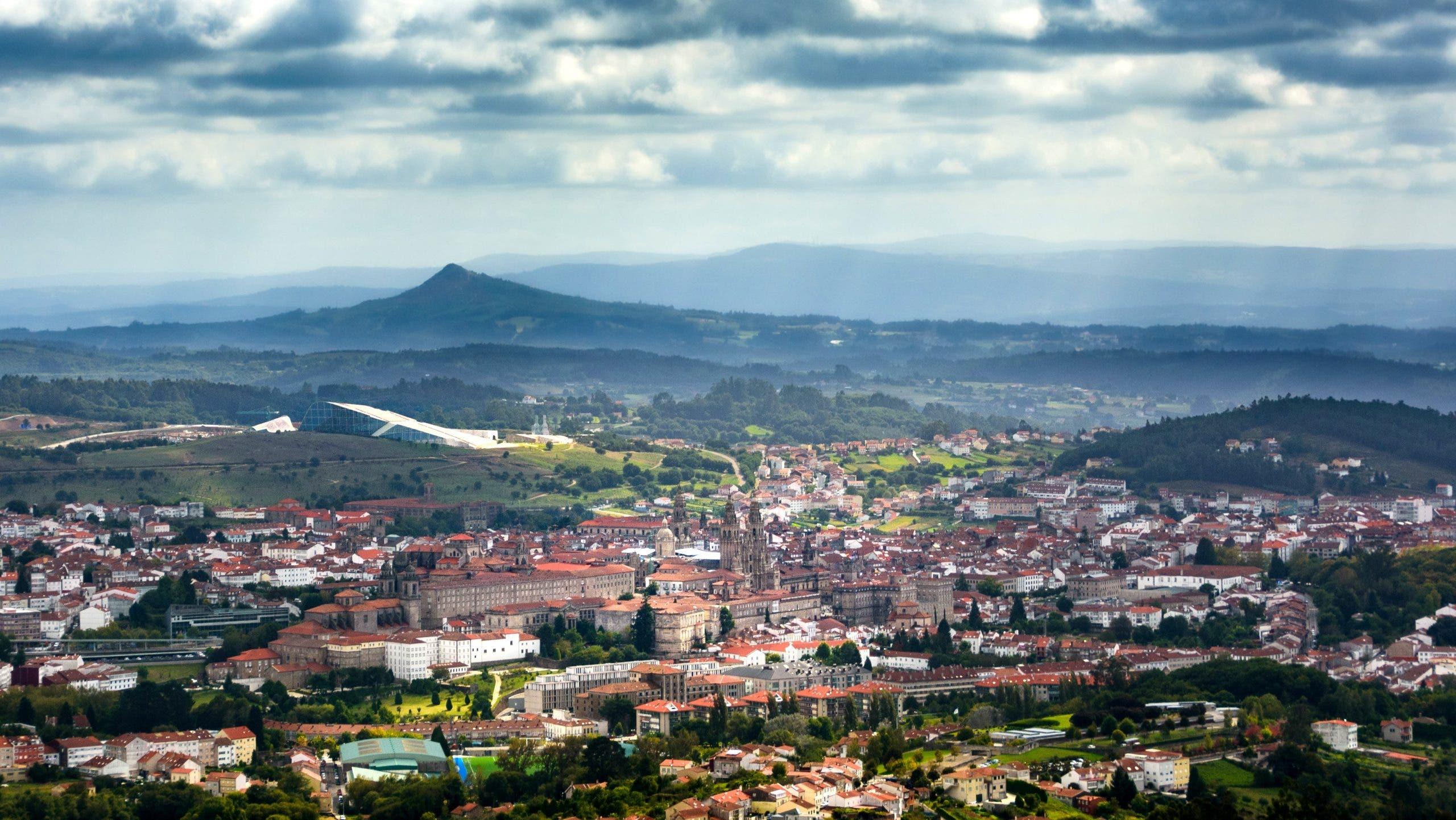 Santiago De Compostela (unsplash)[1]