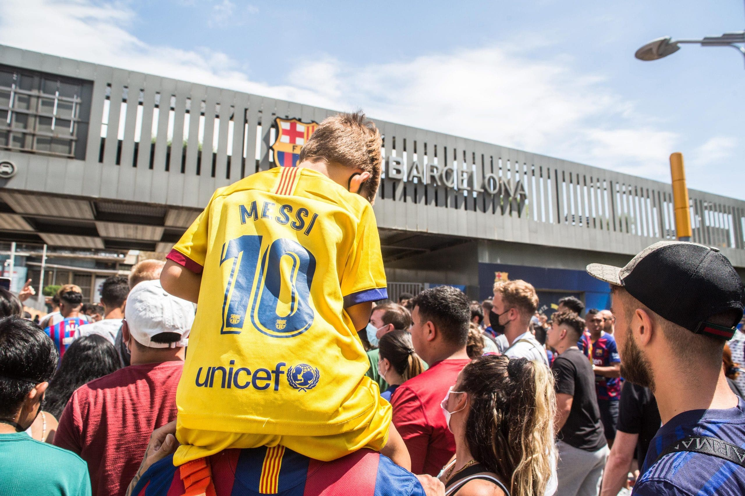 Fans On Messi's Farewell In Barcelona, Spain 08 Aug 2021