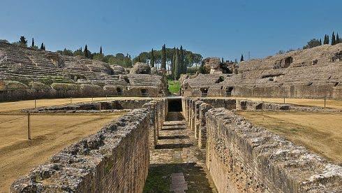 Foso Del Anfiteatro De Itálica