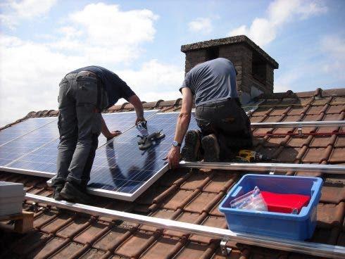 Solar Panels 943999 1920 (1)