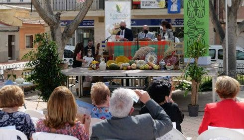 Free book promoting local traditional recipes given to residents in popular expat urb' on Spain's Costa Blanca